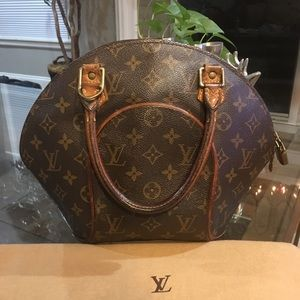 Authentic Louis Vuitton Ellipse PM